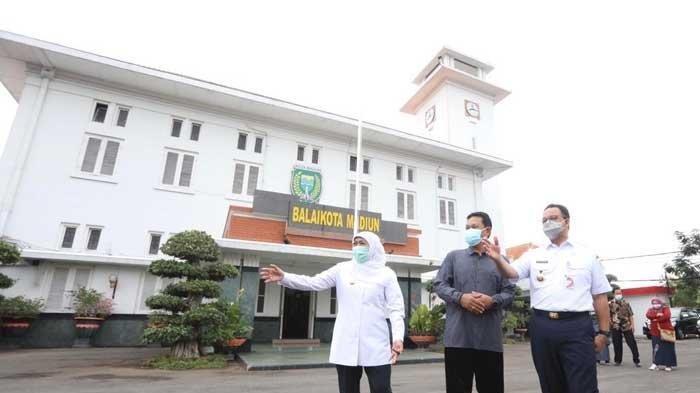 Gubernur DKI Jakarta Anies Baswedan Bertemu Gubernur Jatim Khofifah di Madiun, Ada Apa?