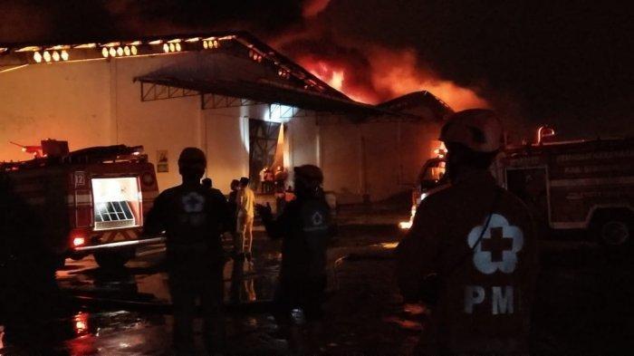 Malam Ini, Kawasan Pabrik PT Sritex Sukoharjo Terbakar