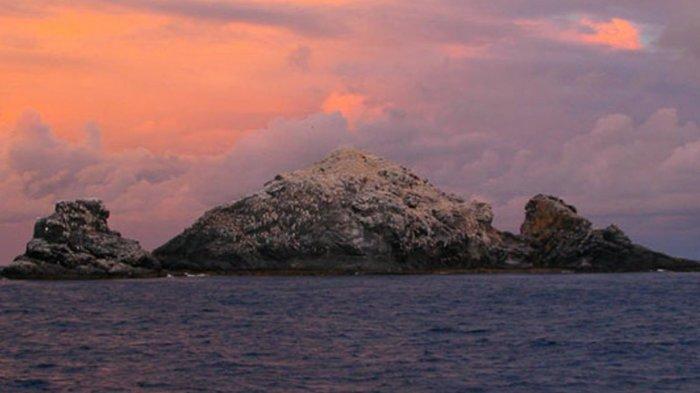 Gunung Api Terbesar di Dunia yang Tersembunyi di Bawah Laut Akhirnya Muncul ke Permukaan