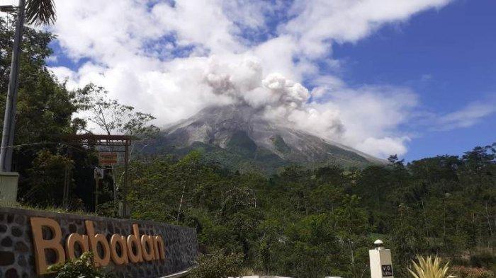 Gunung Merapi Luncurkan Awan Panas Sejauh 2 Kilometer, Hujan Abu di Cepogo Boyolali