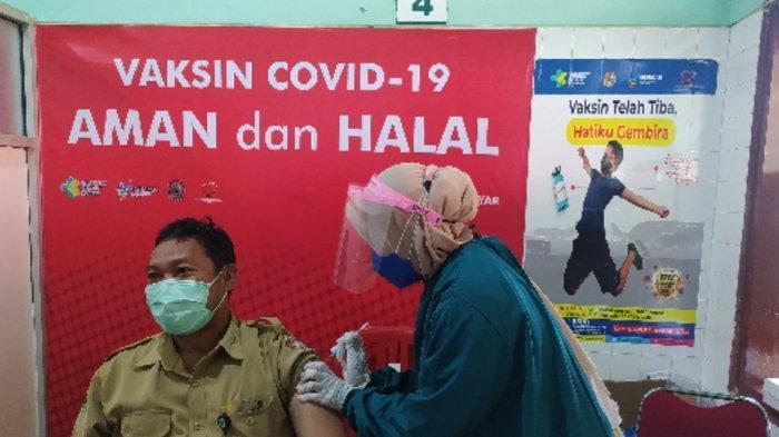 DKK Karanganyar Terima Tambahan 33 Ribu Dosis Vaksin, Lansia dan Guru Jadi Prioritas