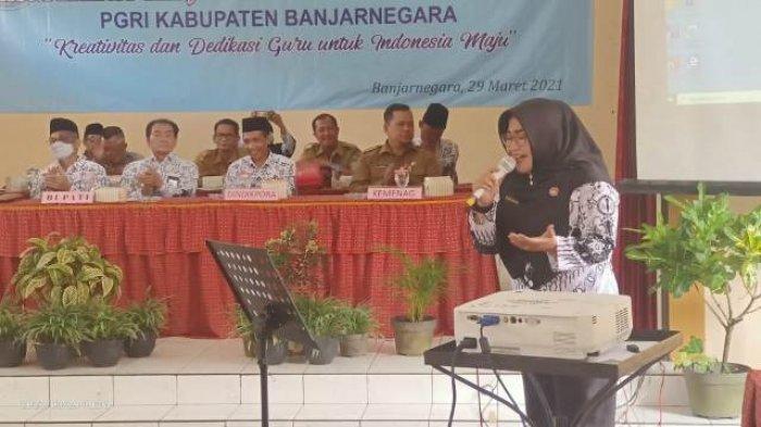 Ratih Pratiwi Guru SMPN 2 Banjarnegara Juara Nyanyi Tingkat Nasional