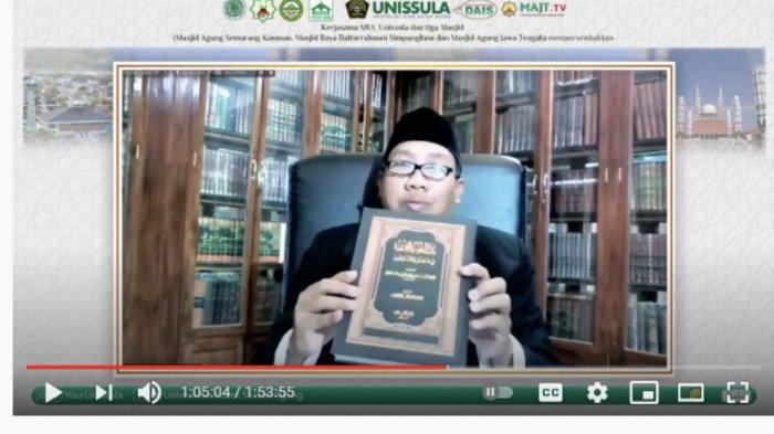 Istigotsah di Unissula Semarang, Gus Qoyyum Bicara Peran Orang Sholeh di Masa Pandemi