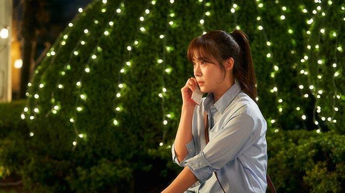 Ha Ji Won Debut Jadi Pelukis, Karyanya Seri Super Cow Tuai Kritik Pedas Netizen