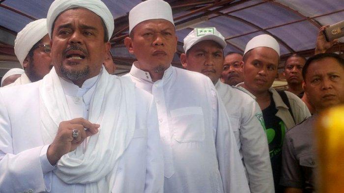 Fadli Zon: Itu Kerjaan Intel, BIN Bantah Pasang Bendera Hitam di Rumah Rizieq Shihab di Mekkah