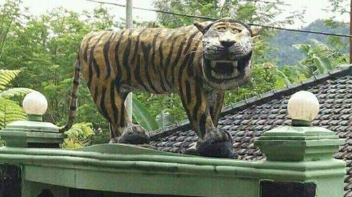 Baru Menikmati Ketenaran, Patung Harimau Cengengesan Dibongkar, Netizen: Makasih Sudah Menghibur