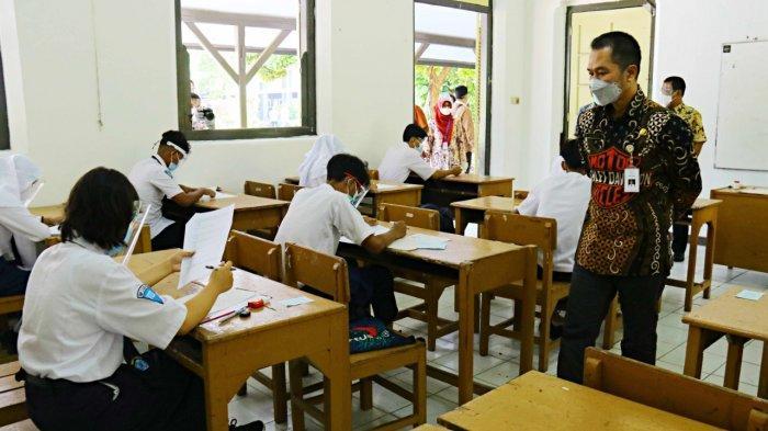 Cek Ujian Tatap Muka, Bupati Hartopo Minta Siswa Diingatkan Protokol Kesehatan