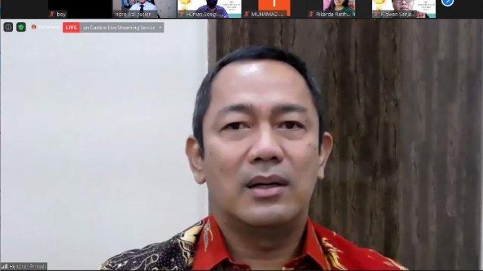 Wali Kota Semarang, Hendrar Prihadi, menyampaikan testimoni dalam webinar Gerakan Plasmaku Untukmu bertema