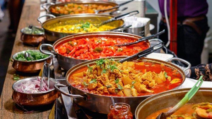 Lebaran Banyak Makanan Enak tapi Full Kolesterol? Ikuti Tips Ini agar Tetap Sehat
