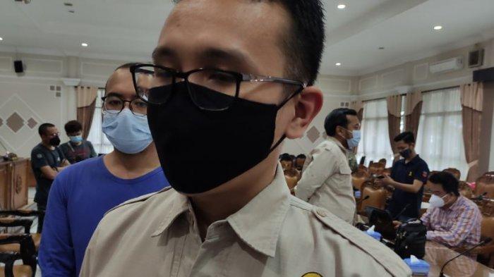 Ketua HIPMI Banyumas, Undi Harto saat menemui anggota DPRD Banyumas, pada Kamis (4/2/2021).
