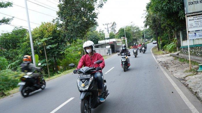 Peserta acara melakukan riding bersama dengan total jarak tempuh sepanjang 75 km.