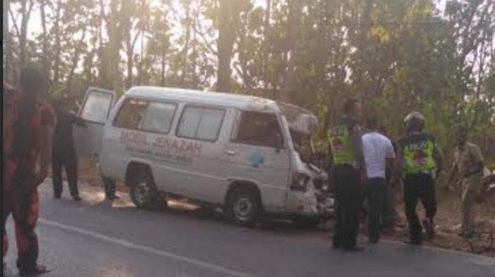 HUBUNGAN Kecelakaan Bus dan Mobil Ambulans Bawa Jenazah Tabrak Truk, Begini Kronologinya