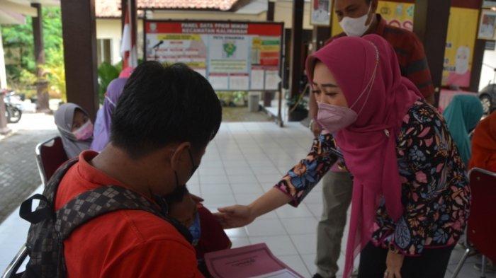 Pemkab Purbalingga Salurkan Bansos untuk 300 Penyandang Disabilitas, Berharap Ekonomi Bisa Pulih