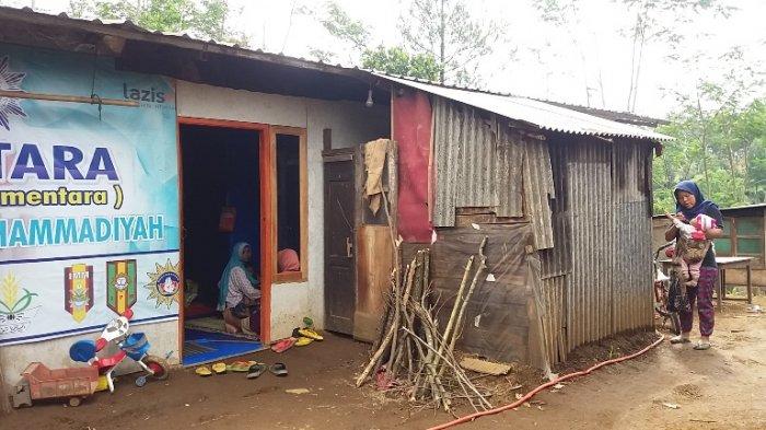 Kisah Pengungsi Gempa Banjarnegara di Huntara, Ekonomi Lumpuh dan Anak Terancam Putus Sekolah
