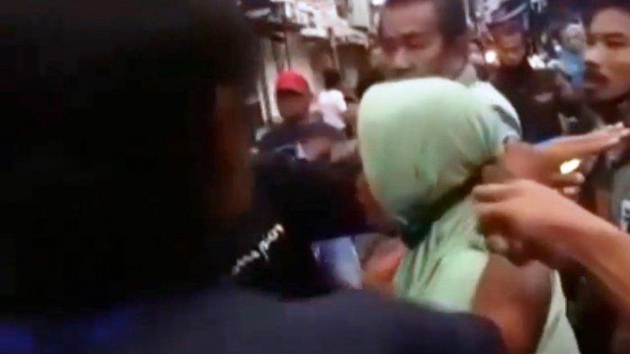 Perjalanan Panjang Nenek yang Diduga Mencopet di Pasar Mandiraja, Wajah Menghiba Hampir Diamuk Massa