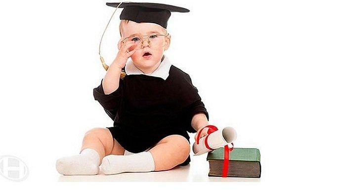 Penting Bagi Bunda, Perhatikan Ini Tanda Bayi Anda Cerdas