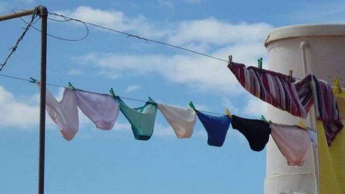 Seorang Pria Tertangkap Kamera Curi Celana Dalam di Jemuran Kos Wanita