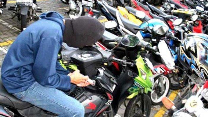 Siang Kehilangan Motor, Pak Tukang Cukur Kaget Malamnya Dapat Telepon, Pencuri Minta Tebusan