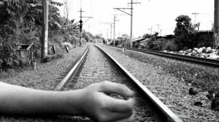 Ruslan Pedagang Kacamata Tewas Terserempet Kereta Api Relasi Solo-Semarang