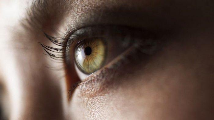 Jika Anda Merasakan 3 Gejala Ini, Besar Kemungkinan Virus Corona Telah Menginfeksi Mata