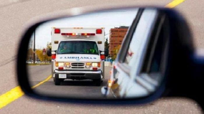 Bos Panti Pijat Positif Covid-19 Kabur dari Ambulans dan Berbaur dengan Massa Demo UU Cipta Kerja