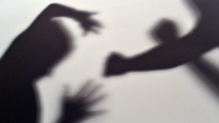 Tak Tega Sang Ibu Dipukuli, Seorang Pemuda Nekat Lukai Kepala Ayahnya dengan Parang