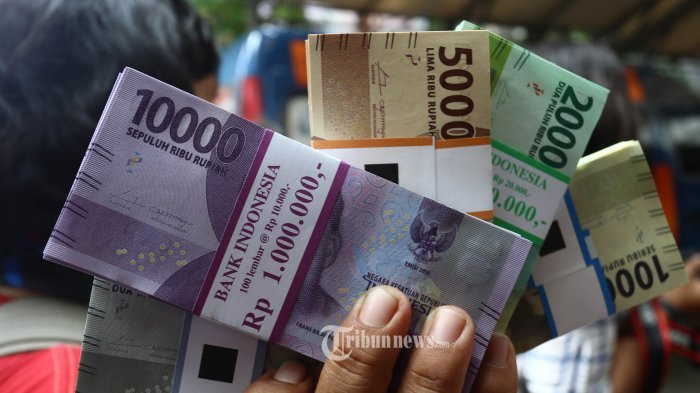 Kader PDIP di Eksekutif dan Legislatif Serahkan Gaji untuk Penanganan Covid-19
