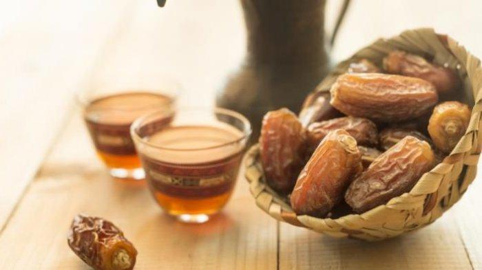 Selalu Jadi Favorit di Bulan Ramadan, Ini Manfaat Konsumsi Kurma Bagi Tubuh, Manis karena Gula Alami