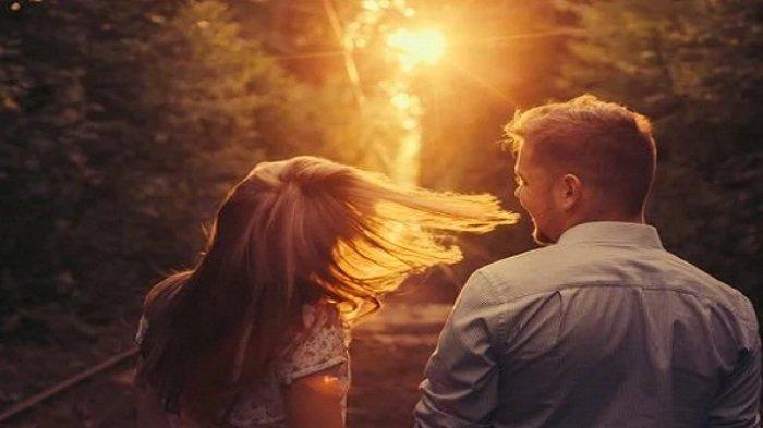 Mulai Merasa Berempati, Ini Tanda Kamu Sedang Jatuh Cinta