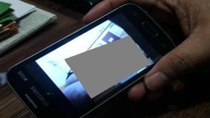 HEBOH Video Mesum Siswi SMP dan Siswa SMA Tersebar di Whatsapp, Pelaku Main di Dalam Mobil