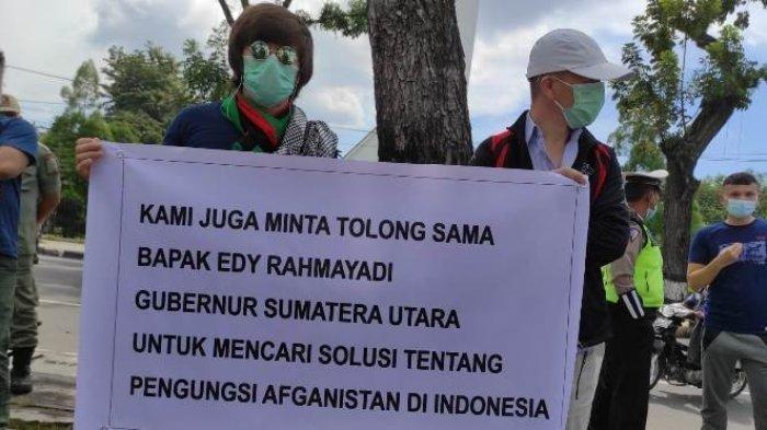 Pengungsi Afghanistan Demonstrasi di Medan, Minta Gubernur Sumut Fasilitasi Ketemu PBB