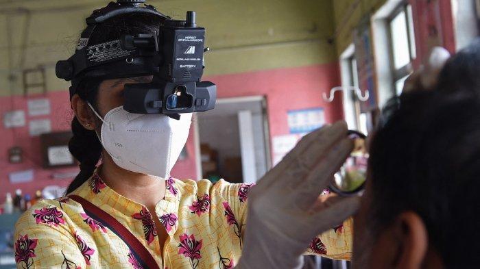 Korban Covid-19 Belum Tertangani, Kini India  Diserang Jamur Hitam di Mata