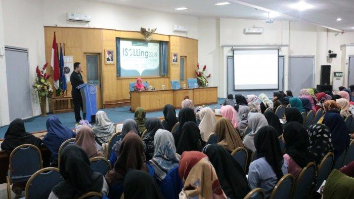 Fakultas Sastra UMP Purwokerto Gelar ISOLLING 2019