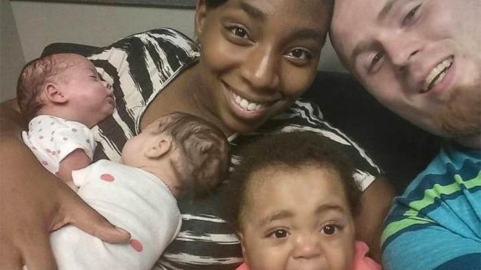 ISTIMEWA, Ibu Ini Lahirkan Tiga Pasang Bayi Kembar Dalam ...
