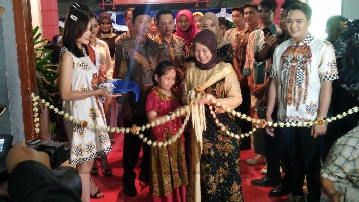 Malam Pertama, Warga Rembang Padati Arena Rembang Expo 2019