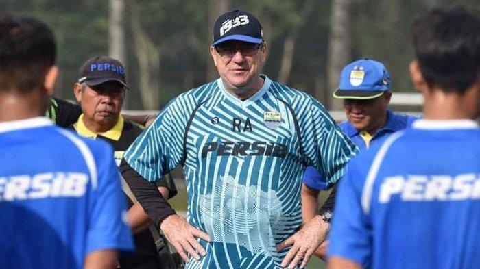 Persib Bandung Menang 2-0,Robert Rene Alberts: Ada perubahan BesarDalam Agresivitas&Transisi