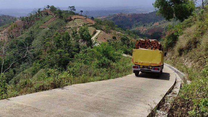 Sisi Lain Bupati Banjarnegara, Sering Blusukan ke Desa Terpencil hingga Bangun Jalan di Perbukitan