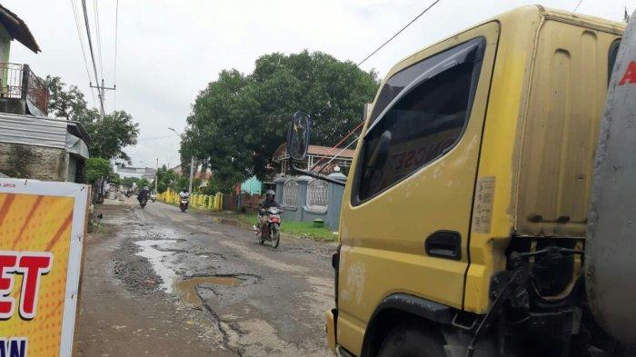 Tahun 2021, Pemkab Tegal Prioritaskan Perbaikan Jalan di 28 Titik
