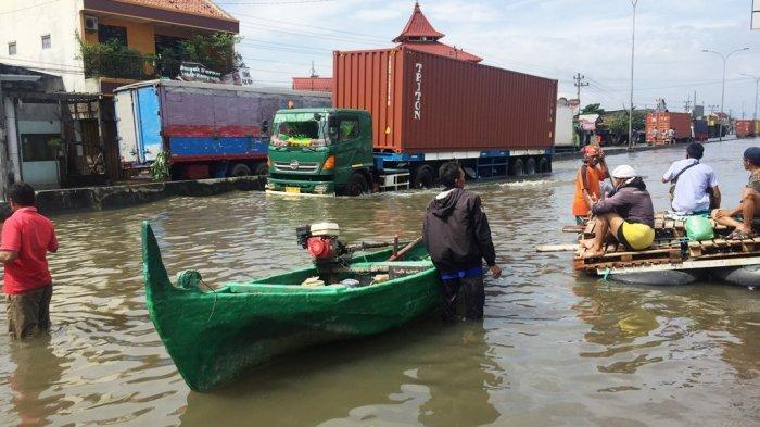 Banjir Hambat Operasional Jasa Pengiriman di Jateng, Tony: Terlambat Hanya Hitungan Jam