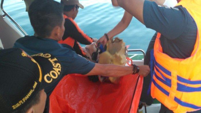 Barang-barang 13 Polisi Bertebaran di Perairan Lingga Setelah Pesawat Hilang Kontak