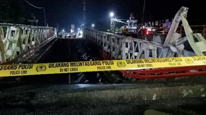 Pagi Ini Rangka Baja Pengganti Jembatan Rembun Penghubung Pemalang dan Pekalongan yang Ambles Tiba