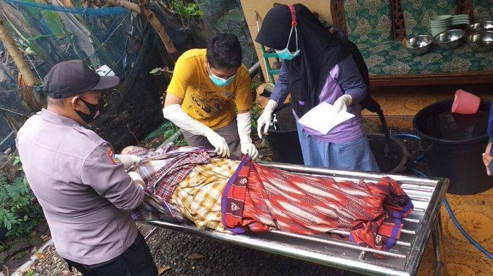 Hilang Selepas Isya, Wanita Ini Ditemukan Tewas di Pantai Rowosari Kendal