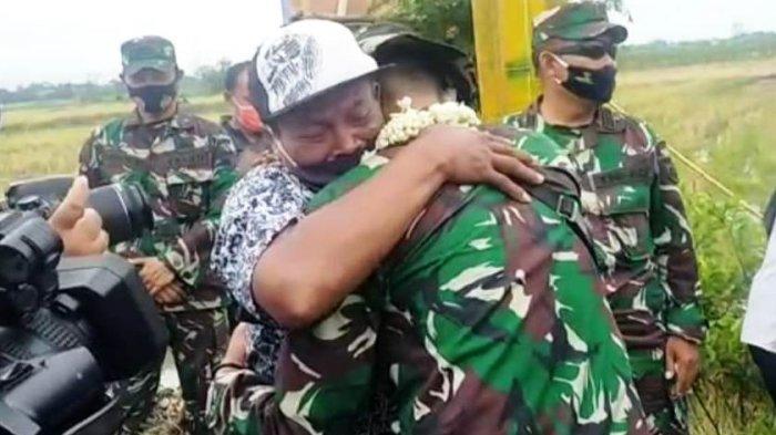 Jiwa Hati Kami Selalu Bersamamu, Pak Tentara