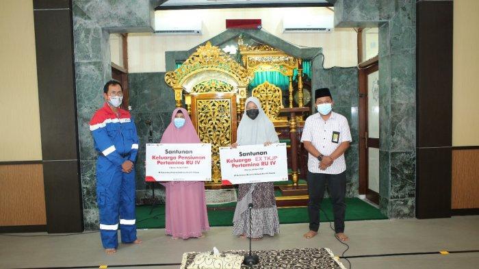 Jelang Ramadhan, GM Pertamina RU IV Cilacap Santuni Yatim Piatu Eks Mitra Kerja