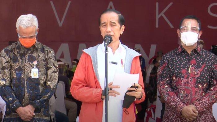 Jokowi: Pada Saatnya, Saya Akan Sampaikan Ke Mana Kapal Besar Relawan Kita Arahkan