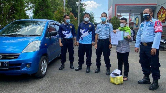 Lapas Slawi Bikin Program Juluras: Antarkan Napi Bebas Pulang ke Rumah Naik Mobil