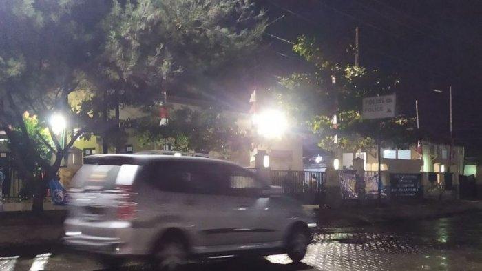 Tersiar Kabar Anggota Polsek Tanjung Emas Terkena virus Covid-19, Warga: Saya Lihat  Buka 24 Jam