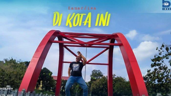 Band Kamar Jiwa Rilis Video Klip Di Kota Ini, Kisahkan Tentang Larangan Mudik