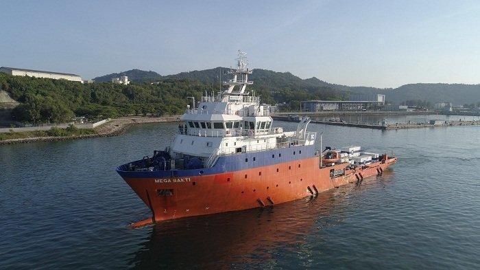 Kapal MV Mega Bakti milik AL Diraja Malaysia turut dikerahkan membantu penyelamatan KRI Nanggala 402.