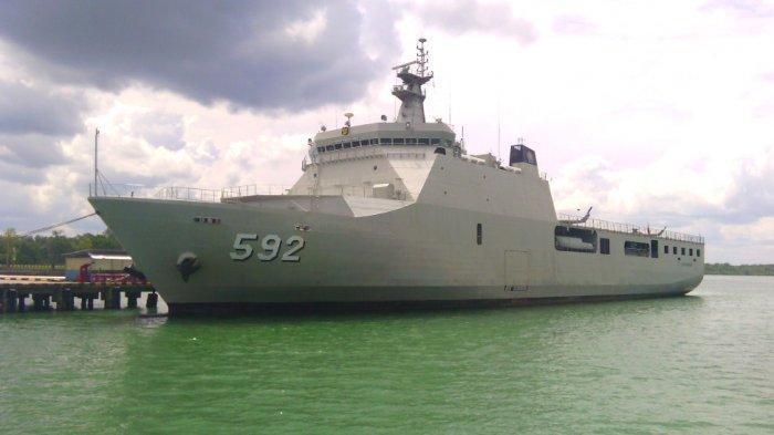 Kapal Perang TNI AL KRI Banjarmasin 592